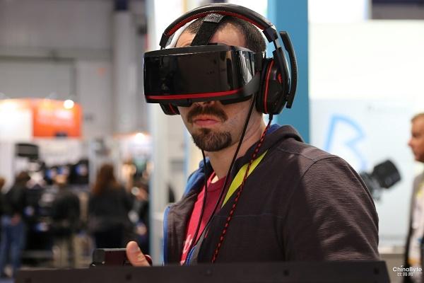 创业门槛太低导致山寨VR产业链的形成?