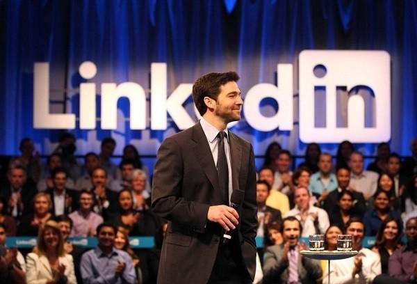 LinkedIn被收割,Twitter特斯拉们估计也快了