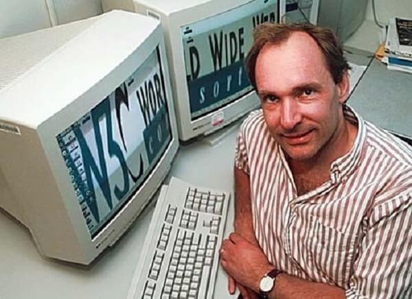 当你在浏览器里输入 WWW 时,知道它已经 25 岁了吗?