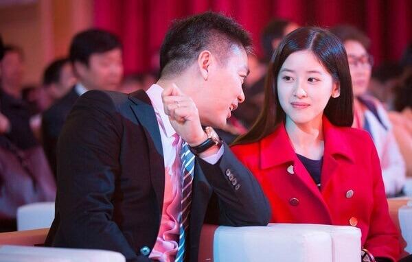 腾讯阿里也有代持,为何 89 年京东女员工代持却让刘强东争议大