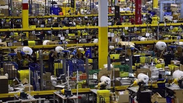 圣诞剁手月快到了,看亚马逊如何用机器人备战销售狂潮