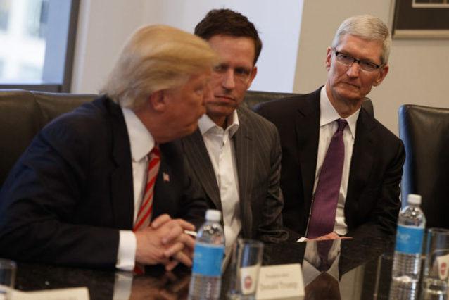 特朗普会见科技大佬,他们的公司市值超 2 万亿美元