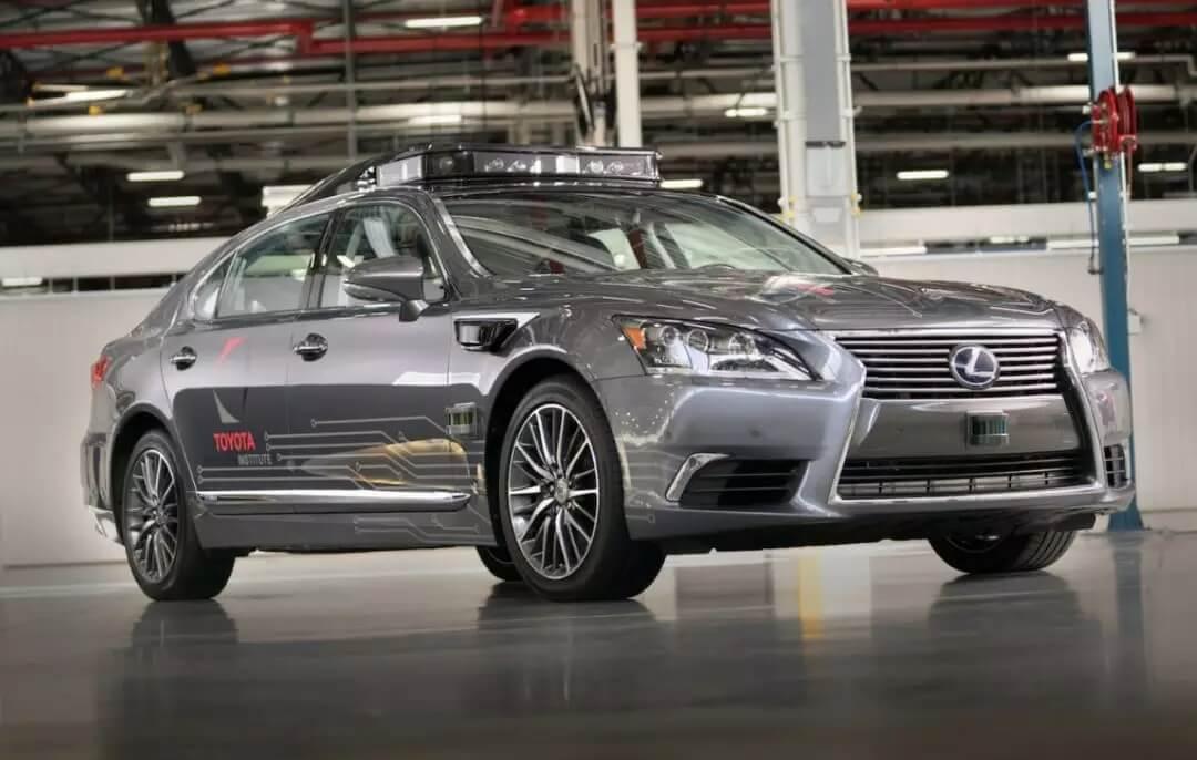 丰田 180 亿成立自动驾驶研究院